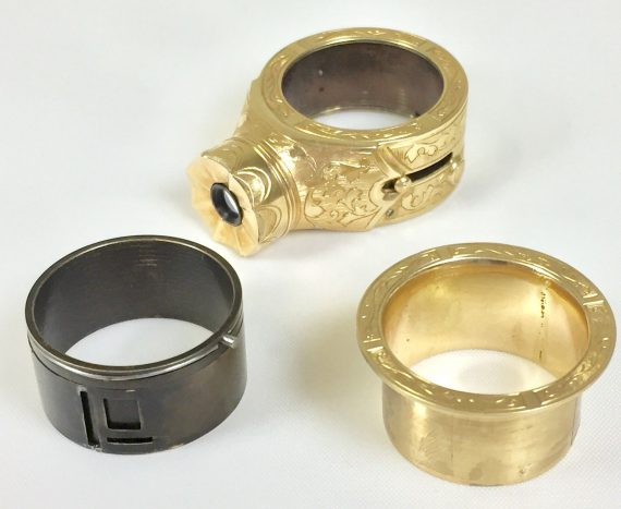 super_rare_and_unusual_14k_solid_gold__kgb__cold_war_spy_ring_camera (3)